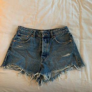 Zara frayed denim shorts